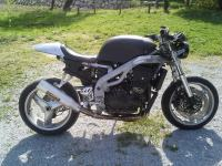 Triumph speed triple 955i cafe racer 955 cm3
