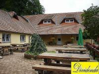 PENZION, Ptuj, OKOLICA, OB REKI, BLIZU AVTOCESTE, 1040 m2, PRODAMO ...
