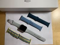 Apple Watch series 3, 42 mm + 3 dodatni paščki