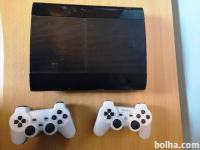 Sony PS3, 2 joysticka, vsi kabli, 500 GB in 10 iger