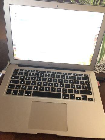 Mac book air 2011 ssd