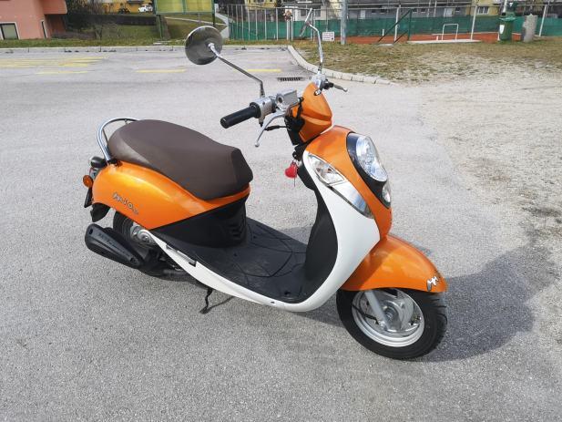 Sym Mio 50 49 Cm3  2011 L